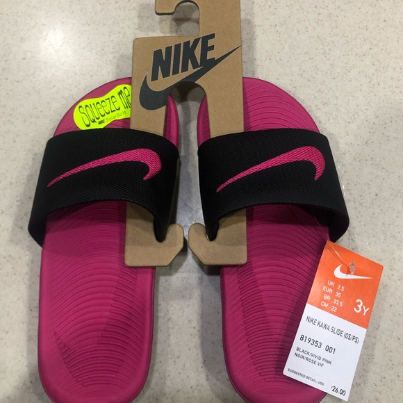 7a5b9434c Girls NIKE KAWA SLIDE - size 3 BRAND NEW IN BOX